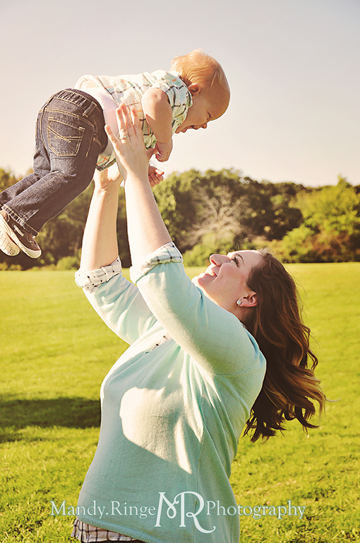 Family photos, mother and son, holding the baby up in the air  // Leroy Oaks // St Charles, IL // by Mandy Ringe Photography