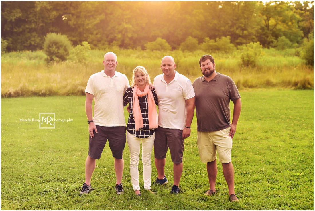 Summer extended family portraits // prairie, outdoors // Leroy Oakes - St. Charles, IL // by Mandy Ringe Photography