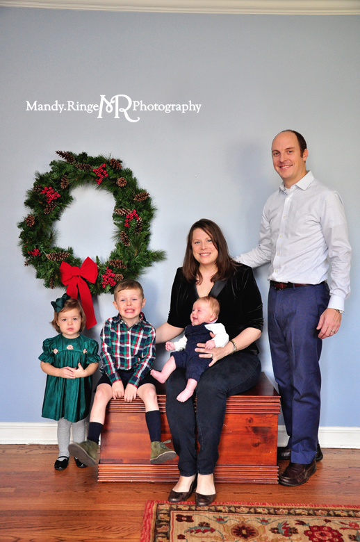 Family Christmas Portraits // Client's home, holiday, indoors, christmas wreath // by Mandy Ringe Photography