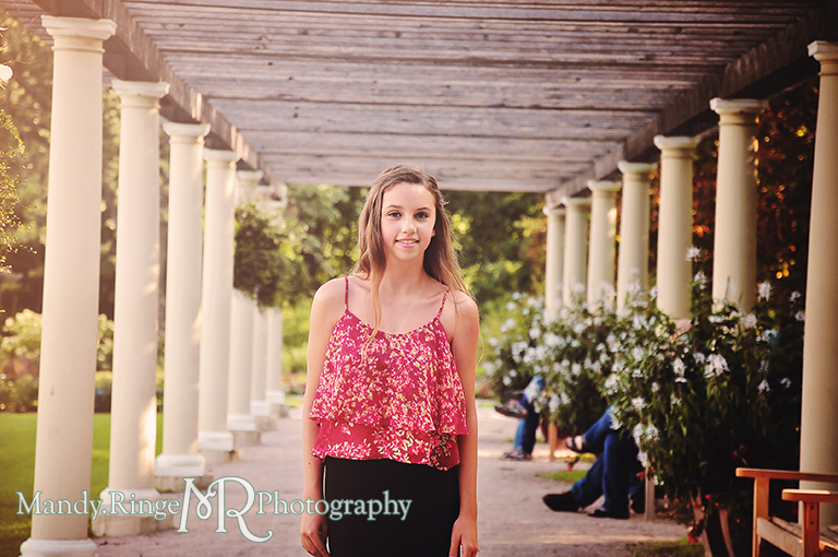 Teen girl photography // Cantigny Park // Wheaton, IL // by Mandy Ringe Photography