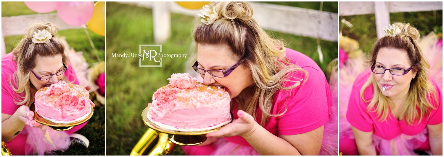 30th Birthday Cake Smash Session // pink and gold, balloons, wine, cake, tutu // Ohio Travel Session // by Mandy Ringe Photography