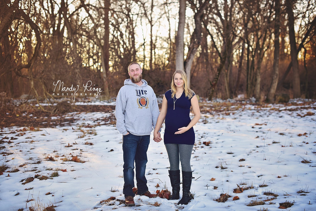 Winter maternity portrait session // Outdoors, golden hour, snow // Eaton, OH // Mandy Ringe Photography