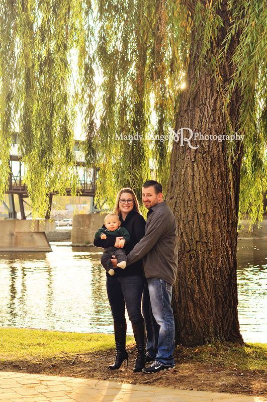 Fall family portraits // fall, autumn, leaves, fall foliage // Pottawatomie Park - St. Charles, IL // by Mandy Ringe Photography