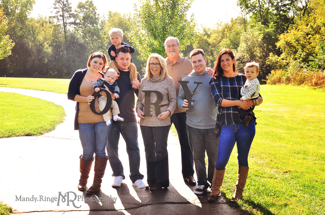 Extended family portraits // outdoors, end of summer, navy blue, tan, gray // Delnor Woods - St. Charles, IL // by Mandy Ringe Photography