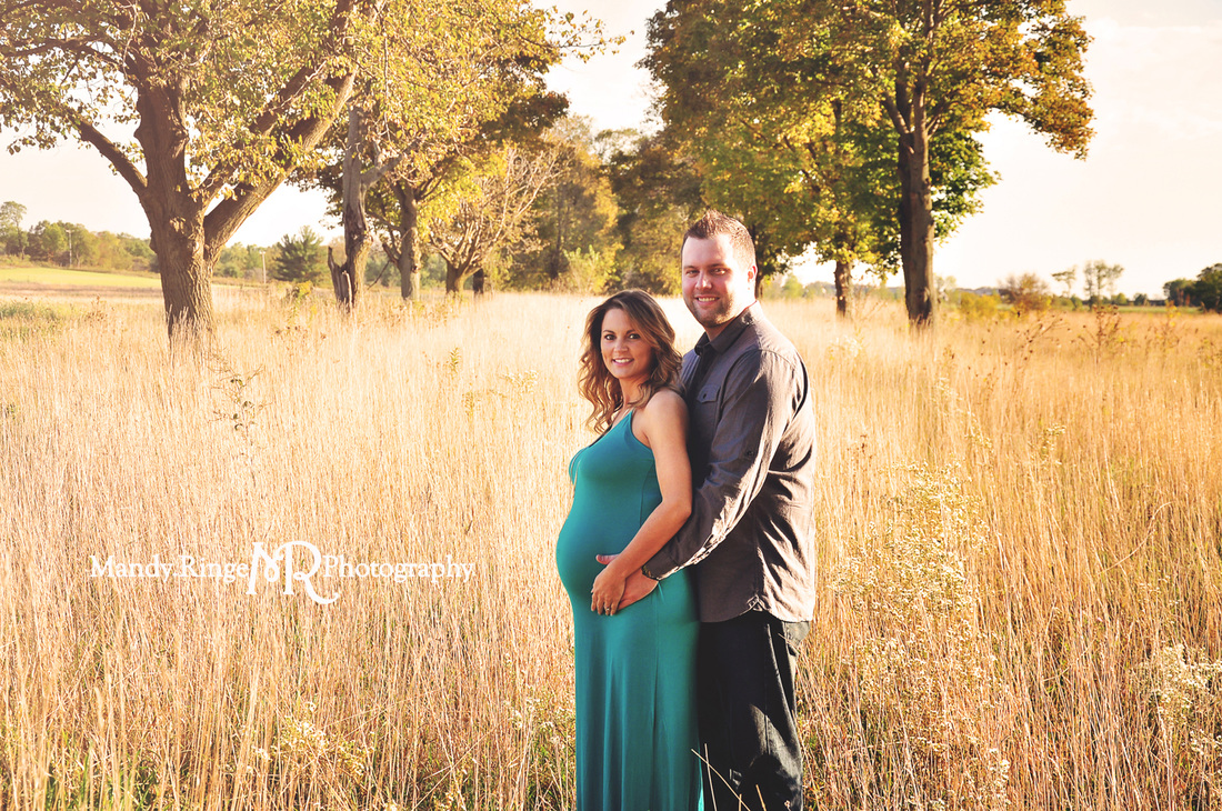 St. Charles, Batavia, Geneva, Wheaton, IL Family, Child, Baby, and Maternity Photographer: Maternity Portraits at Leroy Oakes Forest Preserve by Mandy Ringe Photography