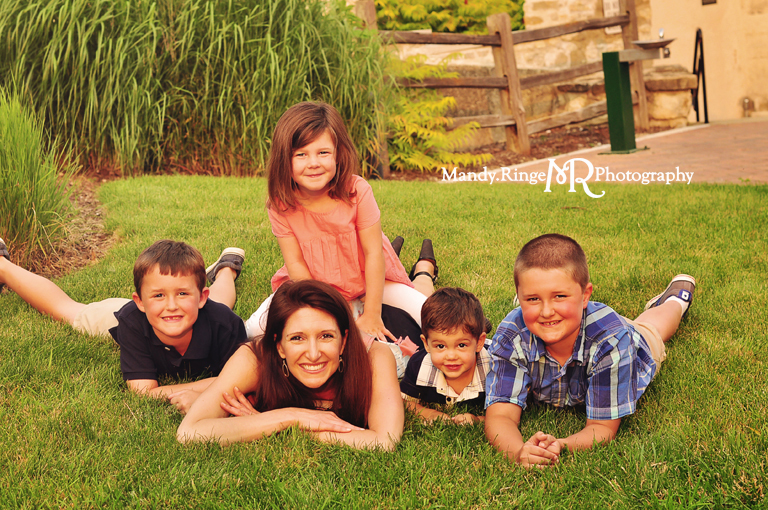 Extended family portrait session // Laying in the grass  // Peck Farm Park - Geneva, IL // by Mandy Ringe Photography