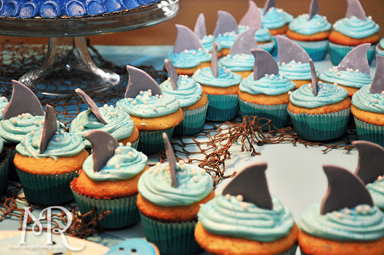 Under the Sea themed birthday party // Shark fin cupcakes // Boy's first birthday // by Mandy Ringe Photography