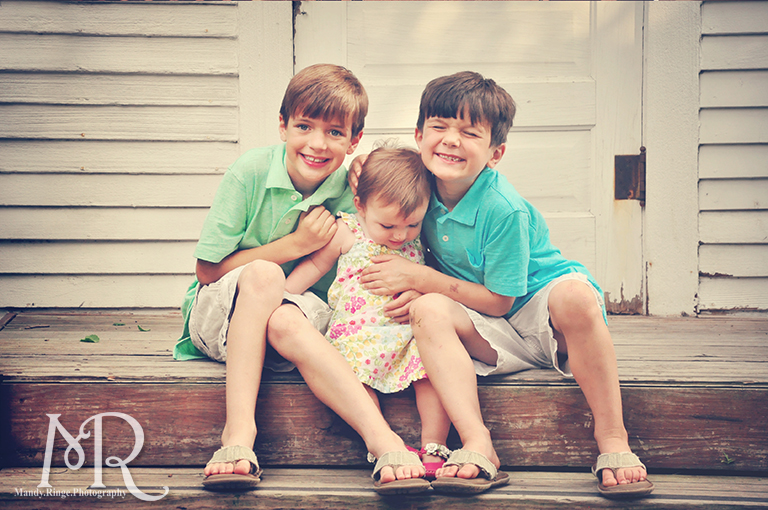 Siblings on the steps of a one-room schoolhouse // Leroy Oaks // by Mandy Ringe Photography