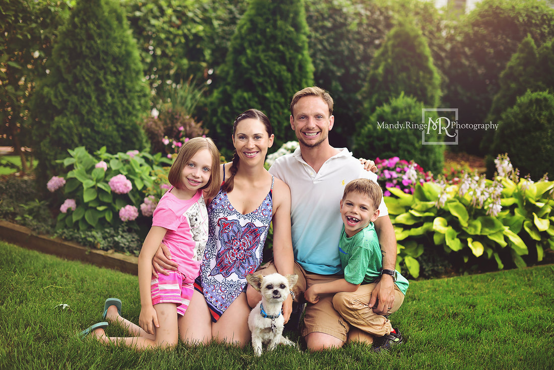 Mandy Ringe Photography // St Charles, IL Photographer // Family Portraits