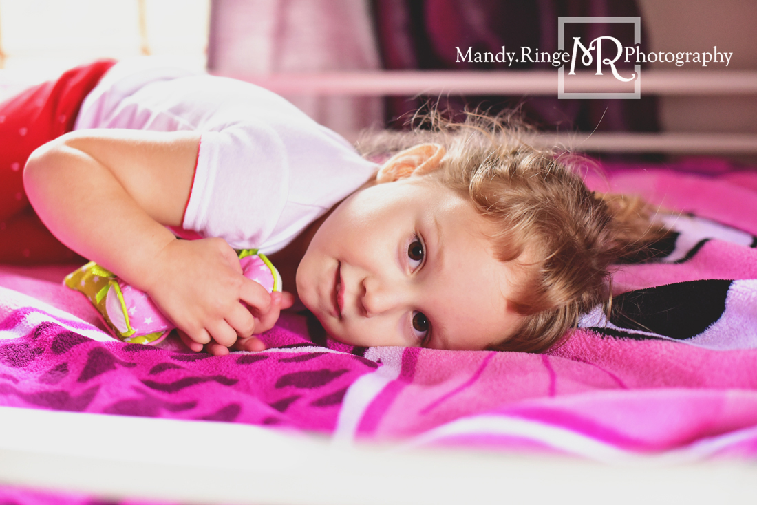 Lifestyle sibling portraits // Client's home // St Charles, IL // Mandy Ringe Photography